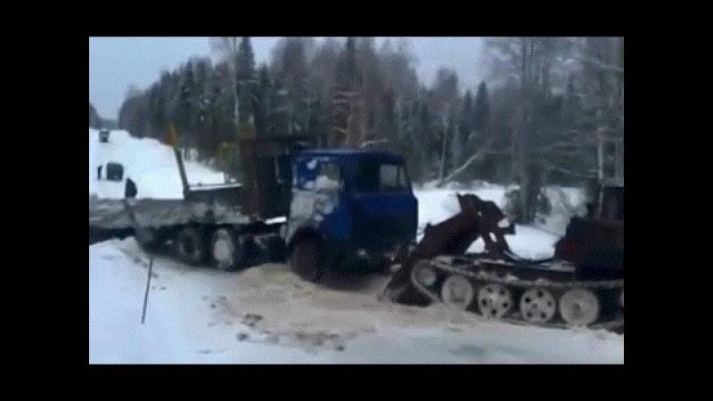 Русские сумасшедшие водители на севере. Экстремальная работа 4