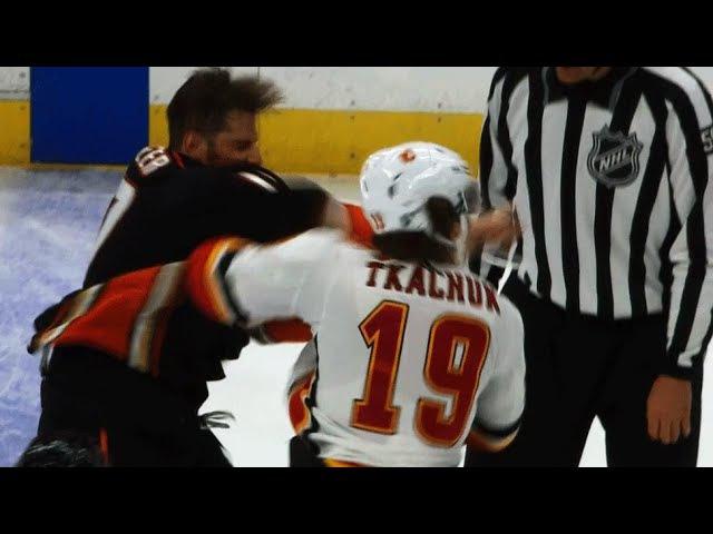 Ryan Kesler sends Matthew Tkachuk's mouthguard flying with right fist