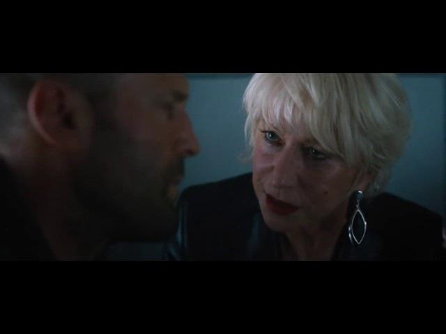 Форсаж 8. Братья Шоу атакуют самолет. Деккард и его мама
