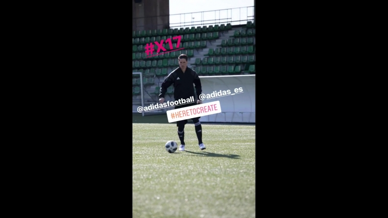 Фернандо Торрес тестирует новые бутсы от Adidas