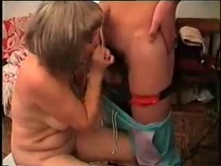 Зрелая женщина
