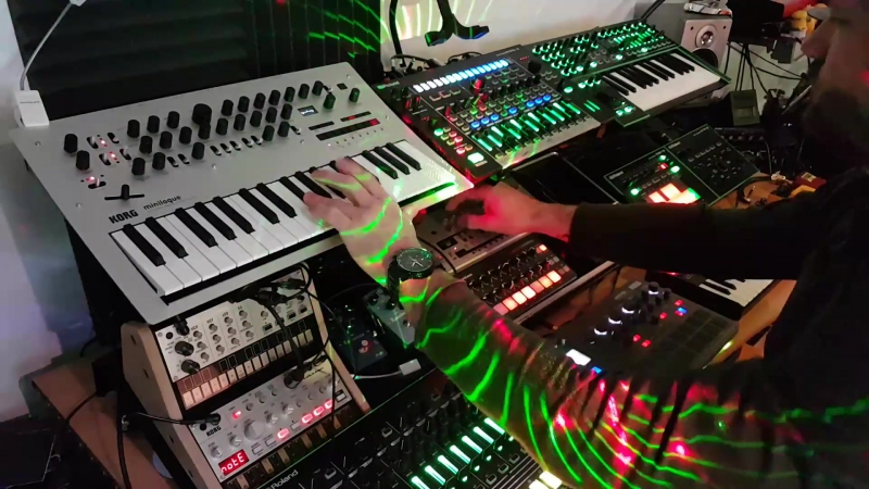 Live Ambient Electronica - Zero Sum - Minilogue, Electribe, TB-03, System 1, MX1