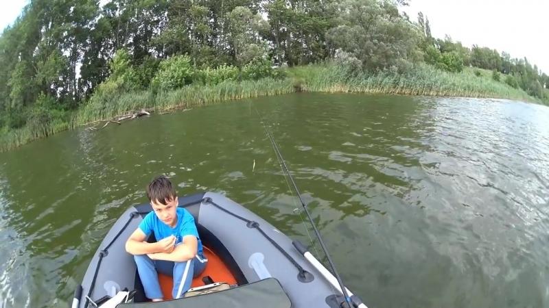 Случай на рыбалке или Как сына Ipad утопил ! -(