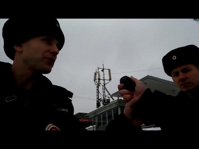 Полицейский беспредел! Затолкали в машину, отняли камеру! МАКСИМАЛЬНЫЙ РЕПОСТ!
