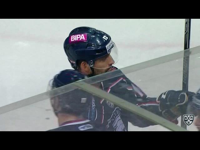 Моменты из матчей КХЛ сезона 16/17 • Гол. 6:0. Горан Безина (Медвешчак) реализовал большинство 30.09