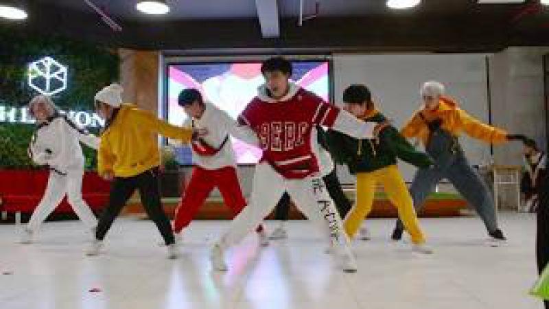 [210118 JKVN Offline] GOGO (고민보다 GO) - BTS (방탄소년단) Heart Performance | The A-code from Vietnam