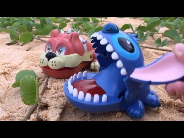 Peppa PİG house Toys Godzilla vs King Kong Toy