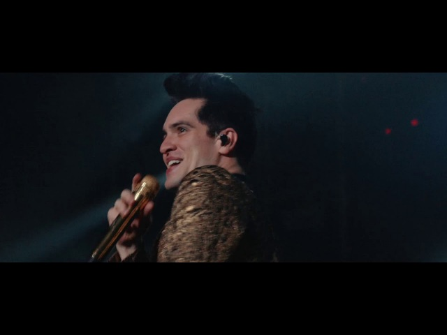 Panic! At The Disco - Don't Threaten Me With A Good Time [Live from the Death Of A Bachelor Tour]