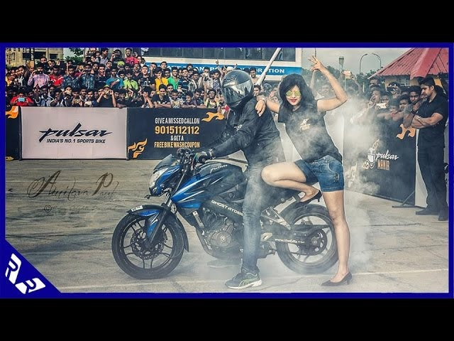 Bajaj Pulsar Stunt Mania 2016 Kolkata Edition | RWR