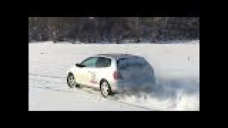 Honda Civic Si EP3, покатушки по льду притоков Оби