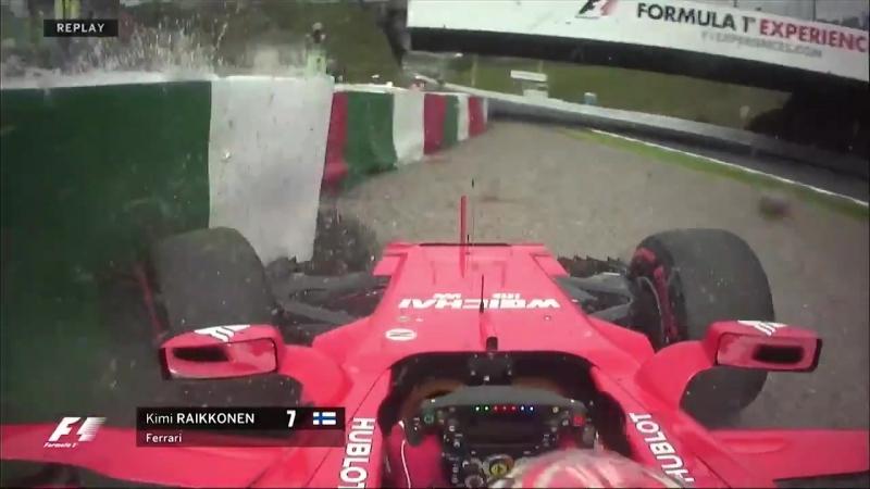 Raikkonen hits the barriers in FP3