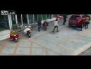 Водитель давит мирно играющего на парковке мальчика