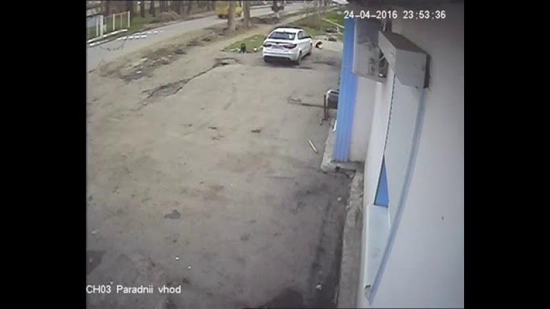 Приора перевернулась на крышу. Авария в Новомосковске.