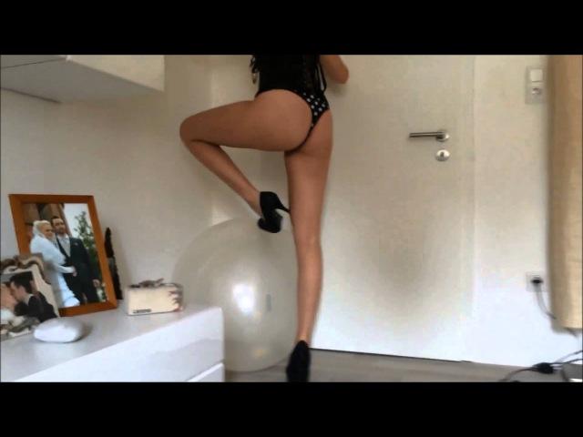 Beautiful Looners High Heels Examination