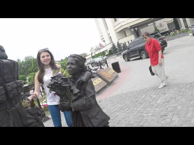 Памятник вежливым людям в Симферополе