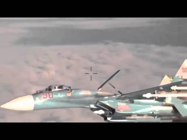 Российский истребительСУ 27_ Вот это демонстрация флага !