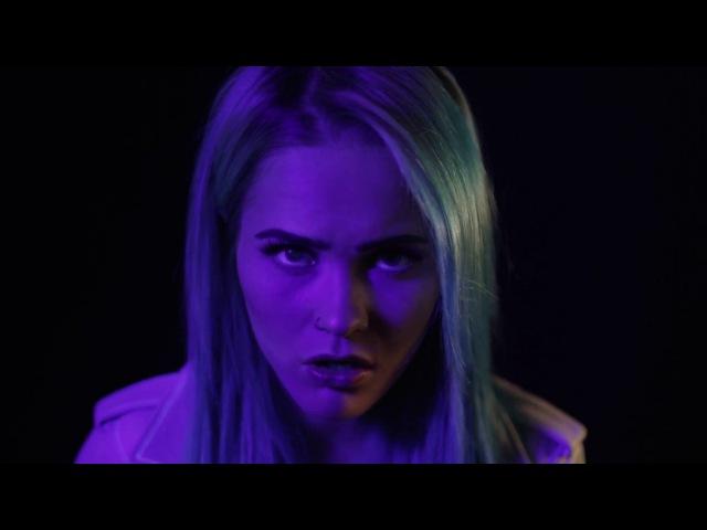 SANNI - Oo se kun oot (feat. Paperi T) [virallinen musiikkivideo]