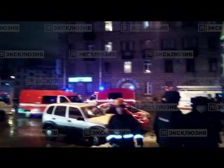В «Перекрестке» на Кондратьевском прогремел взрыв