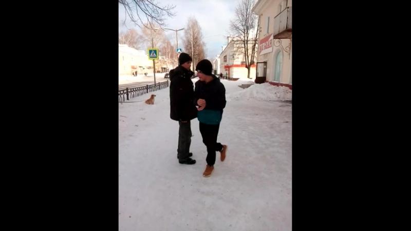 дикий танец от Руслана Потехина ппосвещается Рыжему на 8 марта