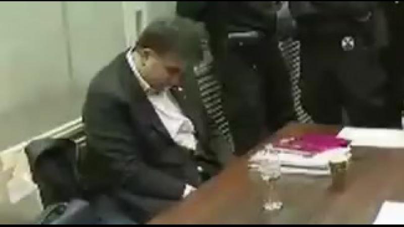 Хорошая перспектива украинцам, сменить алкаша Порошенко на нарика: Саакашвили