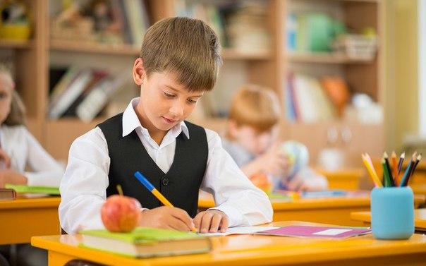"""Абонементы на месяц на занятия в детском развивающем центре """"Усатый Нянь"""" всего от 30 руб."""