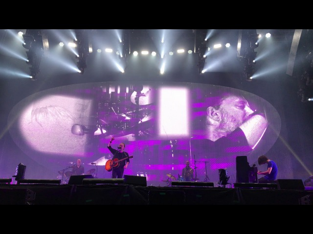 Crowd sings Karma Police with Radiohead @ Old Trafford LCCC | Manchester, UK | 04.07.2017