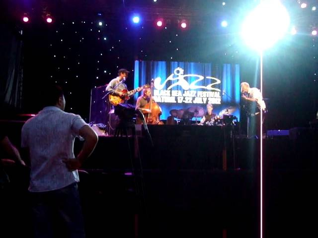 John Scofield's Hollowbody Band - Batumi, Georgia, 2012-07-20, part 1/5