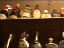 Менты хлопнули на рынке ларёк с 4000 бутылок палёного пойла. Real video