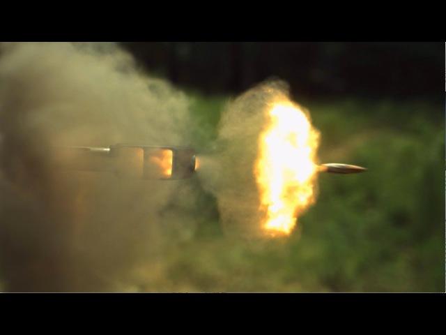Выстрел из винтовки калибра .50 BMG Barret в замедленном видео