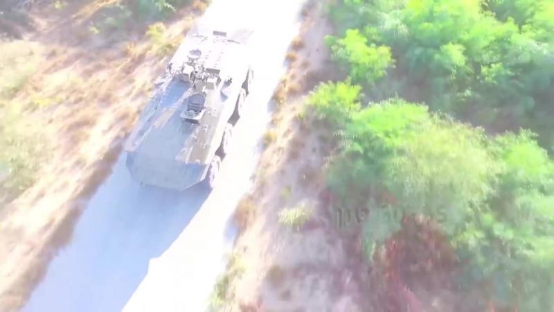 Израиль Министерство обороны Эйтан 8X8 Бронированная транспортное средство с Trophy APS тестирования 1080p