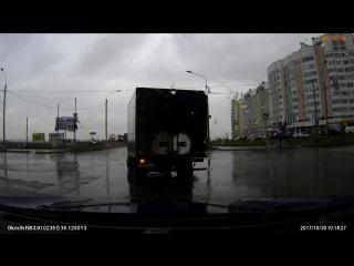 ДТП на перекрёстке ул. Раздольной и ул. Бурова Орёл.