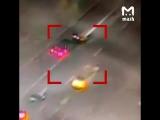 Мерседес АМР сбивает полицейского на Новом Арбате