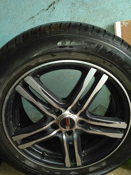Продаю колёса в сборе. Литые диски и летние шины. 205/60/16 разболтовк