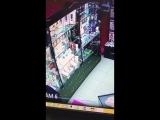 18+ В Москве парень прямо в секс-шопе натянул жопу.
