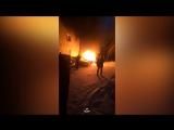 Два автомобиля загорелись на Блюхера в новогоднюю ночь