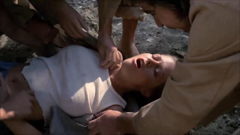 сексуальное насилие (попытка изнасилование, rape) из фильма: Hollywood Boulevard(Бульвар Голливуд) - 1976 год, Кэндис Райалсон » Freewka.com - Смотреть онлайн в хорощем качестве