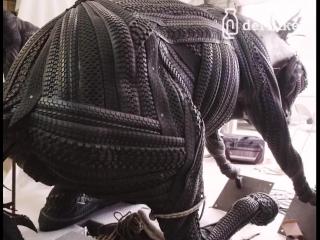 Блейк Макфарланд создает из шин резиновые скульптуры