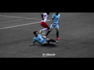Изящно разобрался с защитниками |Deus| vk.com/nice_football