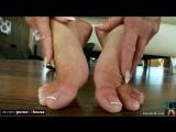 Christina Bella играет со своими ножками  foot fetish, milf, solo, masturbation,