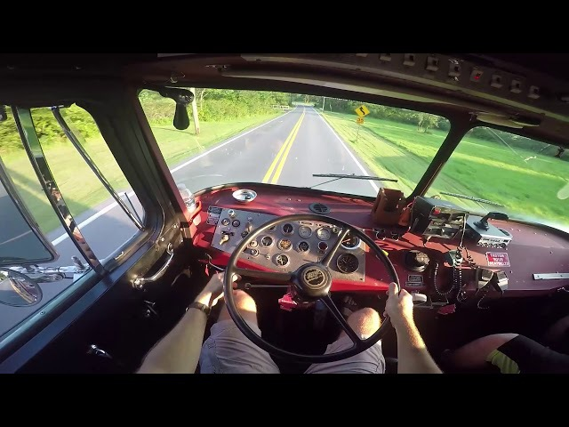 Driving a Fire Engine for the first time 1982 Hahn Pumper Truck