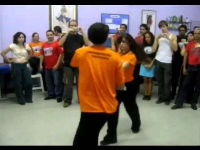 Freddy Marinho Andressa Castelhano - Zouk in Rio - Workshop Demo 2009 » Freewka.com - Смотреть онлайн в хорощем качестве