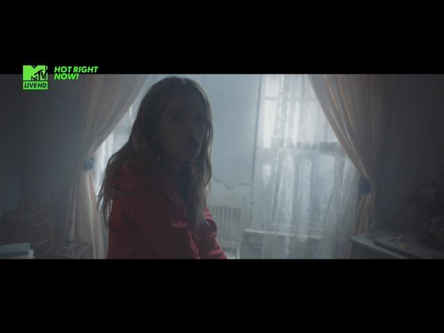 Rita Ora Ft. Avicii - Lonely Together @ 2017 MTV Live HD