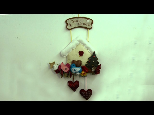 Cibélia Alves ensina como montar um lindo enfeite natalino de porta para a sua casa no natal