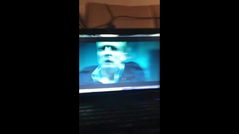 Смотрим фильм ужасов