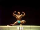Mr.Olympia 1985 - Sergio Oliva Posing