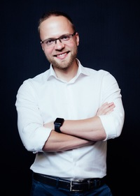 Леонид Тимошенко