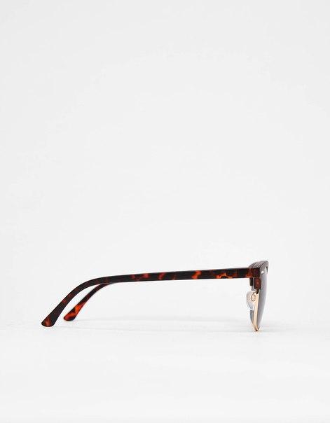 Солнцезащитные очки в винтажном стиле