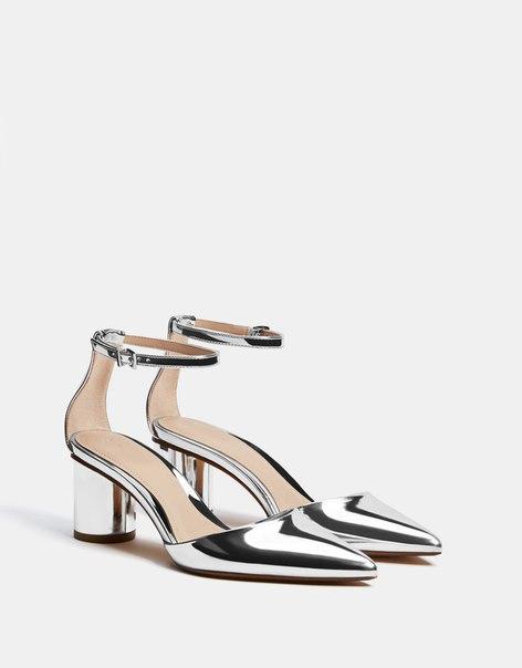 Туфли с металлизированной отделкой, на среднем каблуке