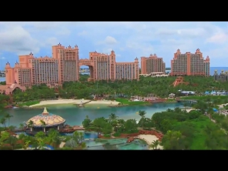 Hotel_and_casino_Atlantis_Paradise_Island_Bahamas