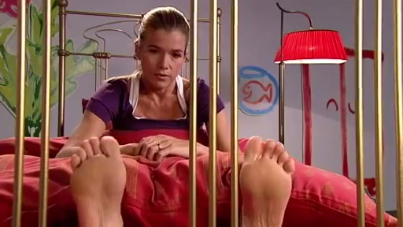 Odina Funny Feet Shows On The Bed